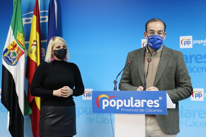 El PP de Cáceres asegura que el gobierno local no da la talla
