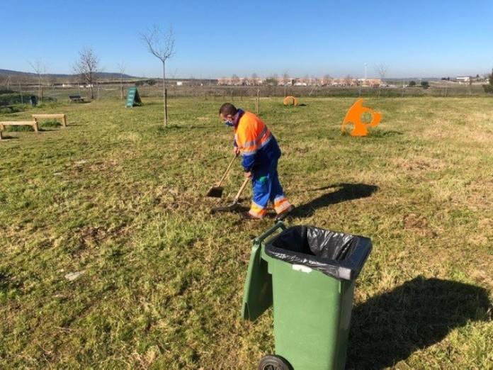 Comienza la limpieza de las áreas caninas en Cáceres