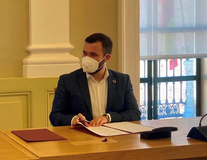 El alcalde de Cáceres no considera que haya que tomar medidas más restrictivas