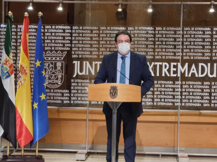 Ampliado el toque de queda en Extremadura a las 22:00 horas durante 28 días