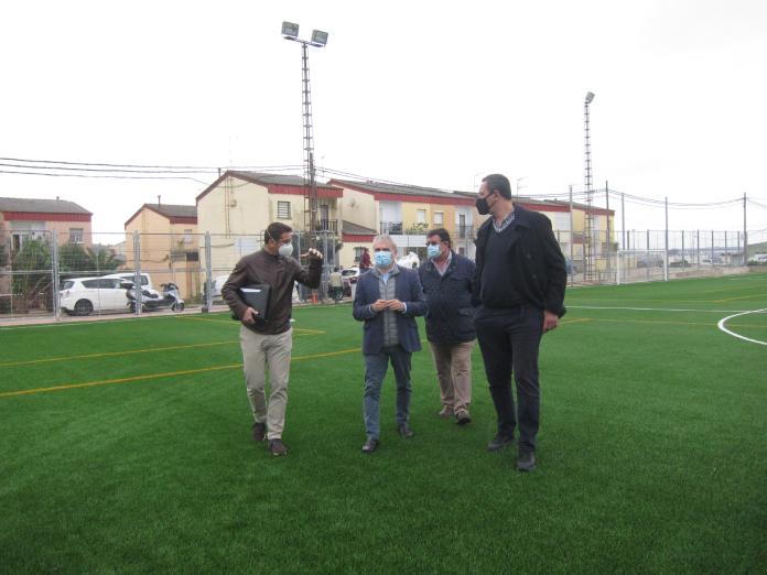 Badajoz renueva el campo de fútbol Cerro de Reyes
