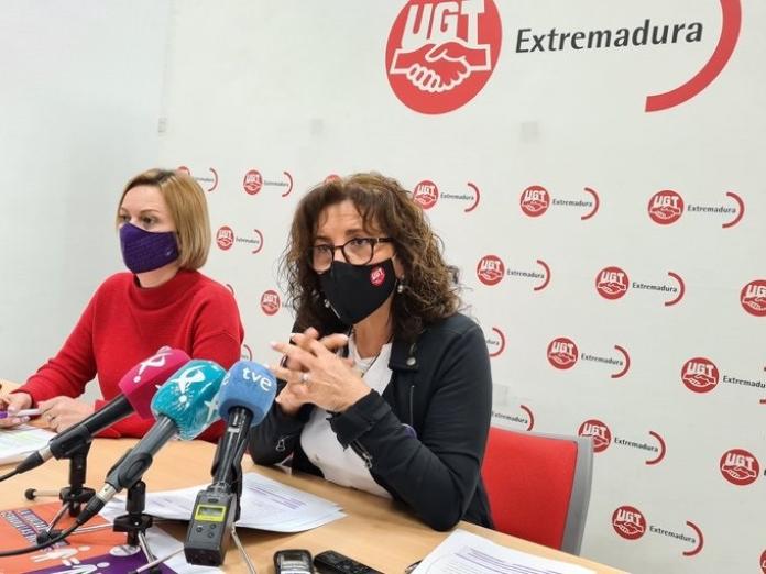 Las mujeres extremeñas trabajan gratis 77 días al año, según UGT Extremadura