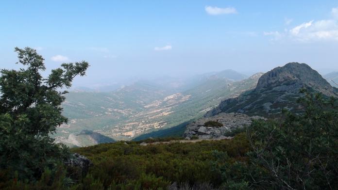 La Vuelta Ciclista 2021 corona el Pico Villuercas