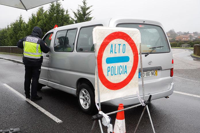 Las Fuerzas de Seguridad controlan a 1.297 personas en la frontera con Portugal
