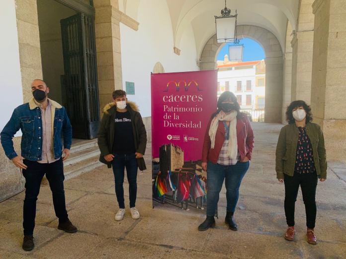 Comienza Cáceres, Patrimonio de la Diversidad para visibilizar al colectivo LGTBI