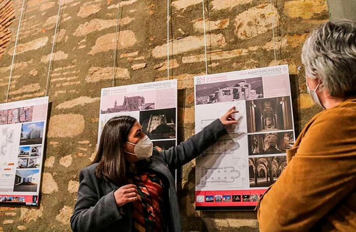 Las arquitectas muestran su trabajo la sede del Coade de Cáceres