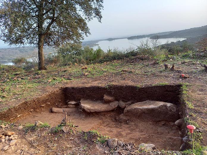 Los trabajos en Castillejo prueban que es una yacimiento del Calcolítico