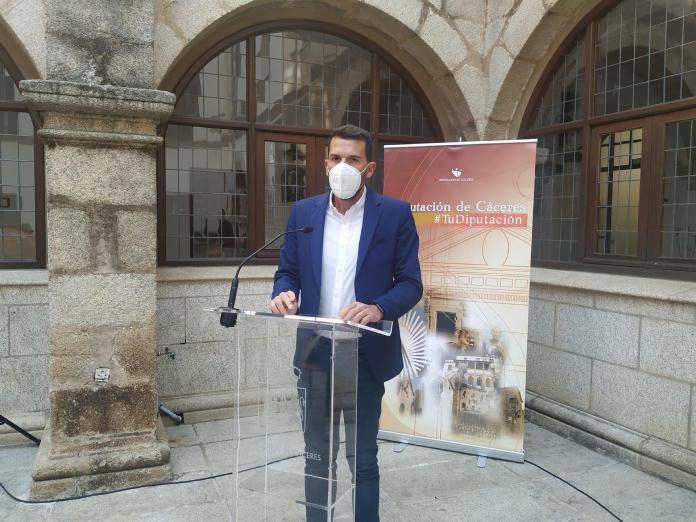 La Diputación de Cáceres valora de forma positiva la instalación de la fábrica de cátodos en la provincia