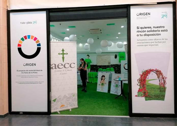La AECC inaugura un rincón solidario en el Ruta de la Plata