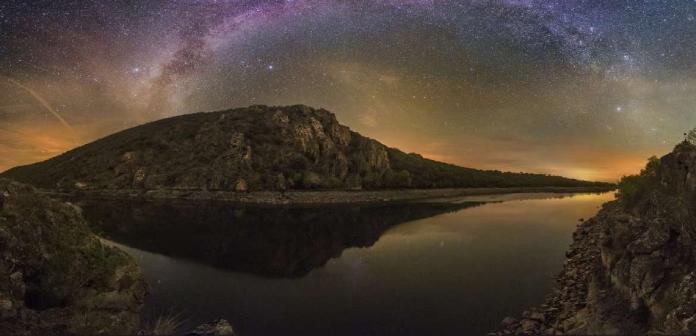 Monfragüe celebra el Día de las Estrellas con una observación nocturna