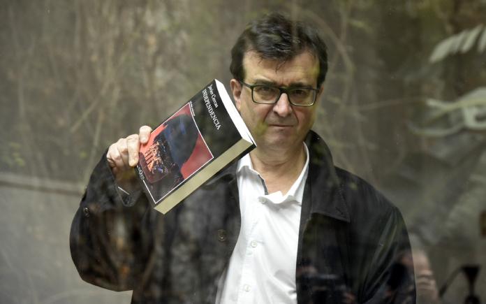Periodistas Europeos apoya a Javier Cercas tras sus declaraciones sobre Cataluña