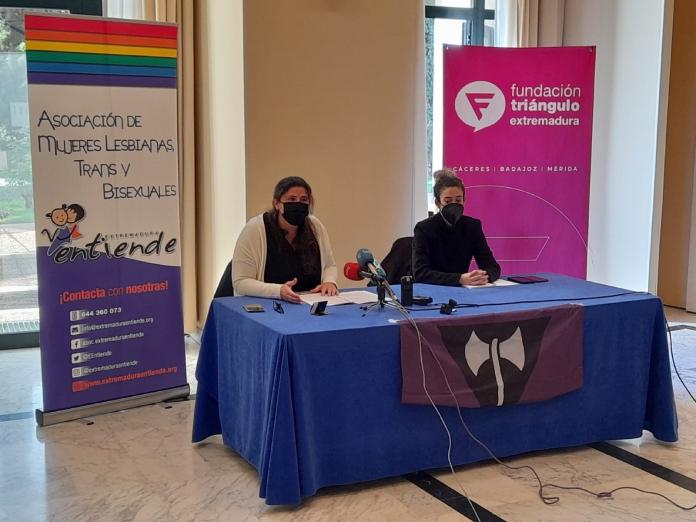 Mujeres lesbianas de Extremadura reclaman protocolos específicos de salud