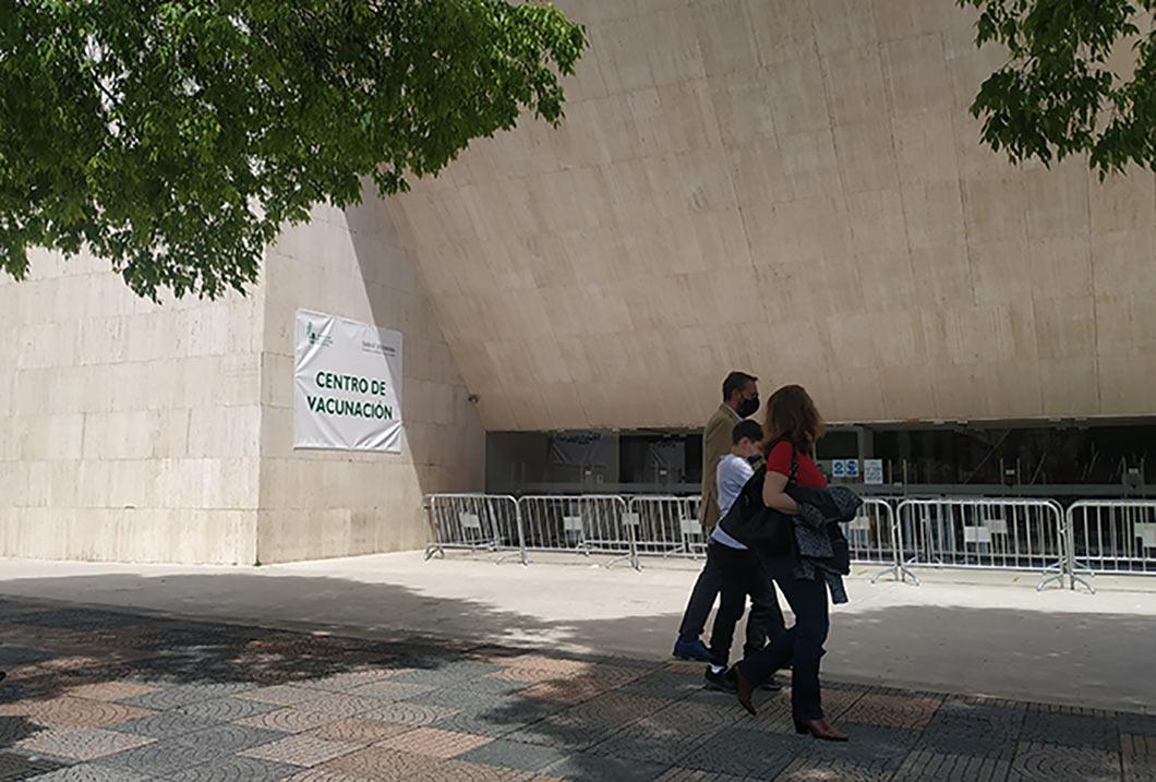 Cáceres realiza un llamamiento a los mayores de 70 años para que se vacunen