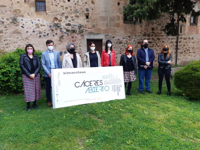 El arte contemporáneo brilla con la bienal Cáceres Abierto 2021
