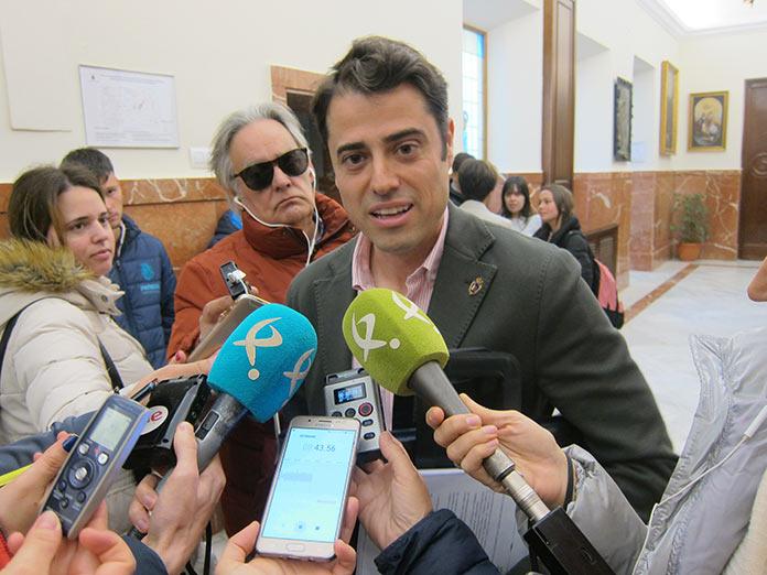 Ocho integrantes de Vox Extremadura abandonan el partido