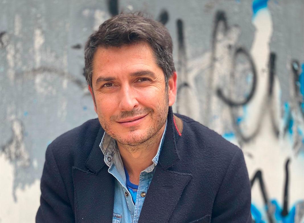 Carlos del Amor, Susana Martín Gijón o César Bona brillan en la XXI Feria del Libro de Cáceres