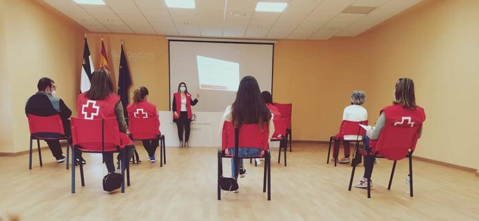 Más de 600 personas han encontrado trabajo gracias al apoyo de Cruz Roja Extremadura