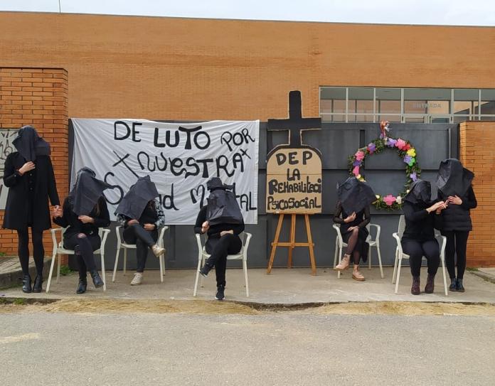 Feafes Cáceres programa encierros y acampadas para pedir soluciones a su situación