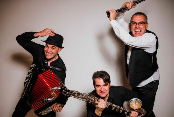 El trío Trivium Klezmer llena de ritmo las noches de Santa María