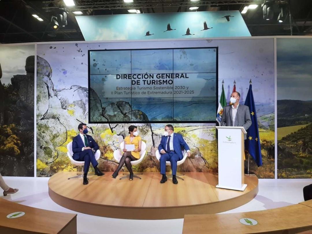 Extremadura presenta en FITUR los avances en la Estrategia de Turismo Sostenible 2030