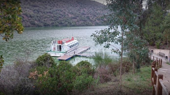 El Balcón del Tajo celebra 10 años realizando cruceros fluviales