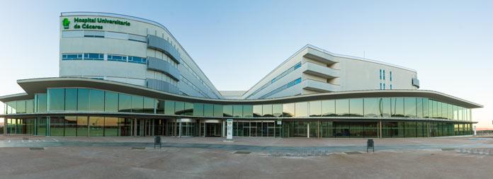 Los hospitales de Mérida, Badajoz y Cáceres en la lista de los 100 mejor valorados