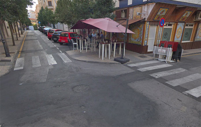 La campaña de asfaltado de Cáceres continua en Obispo Jesús Domínguez