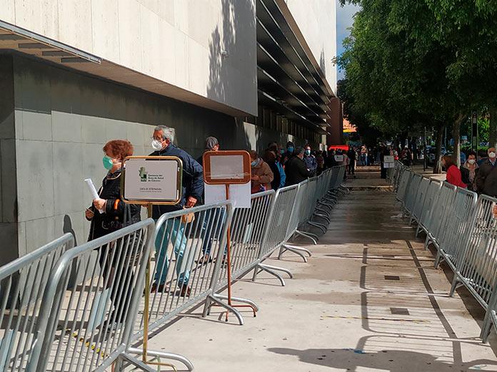 Alrededor de 1.500 personas pasarán por el Palacio de Congresos para vacunarse contra el Covid