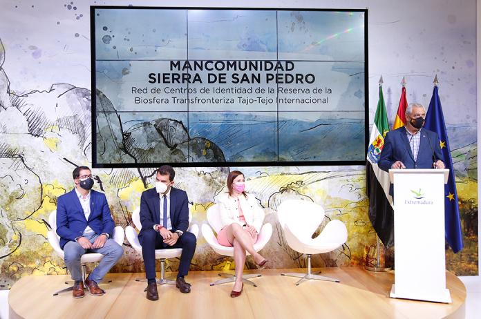 La Diputación de Cáceres presenta FITUR la Red de Centros de Identidad de Tajo Internacional