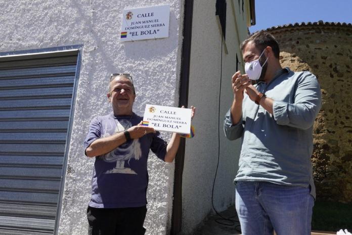 El Bola ya tiene una calle en Cáceres