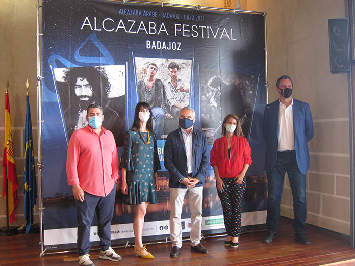 Manuel Carrasco, Ara Malikian y Taburete suben al escenario del Alcazaba Festival de Badajoz