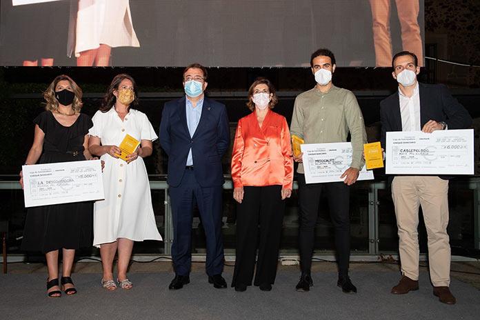 Cablepelado, La Descontadora y Mysocialfit, premios Samara Emprende de la Fundación Caja Extremadura
