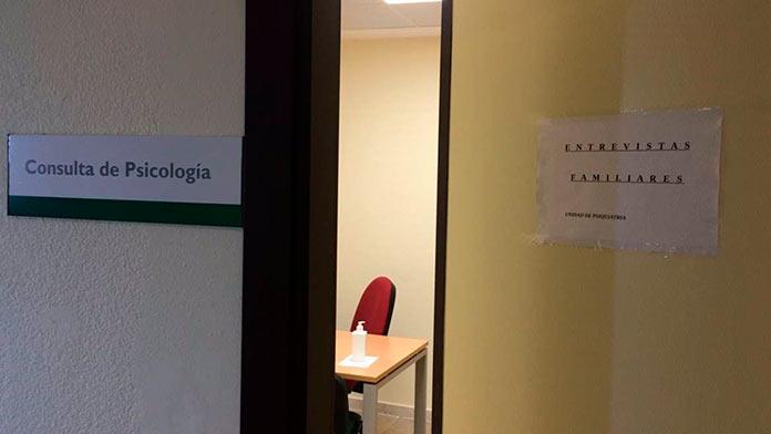 El primer hospital de día de salud mental de Extremadura comienza su actividad en el Universitario de Badajoz