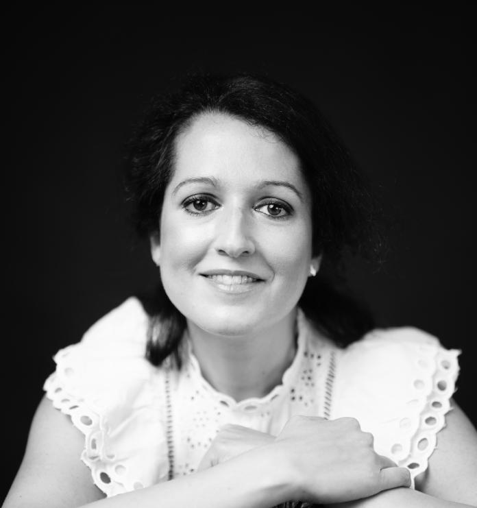 Los seres humanos aunamos virtudes y miserias. Marta Martos Molina