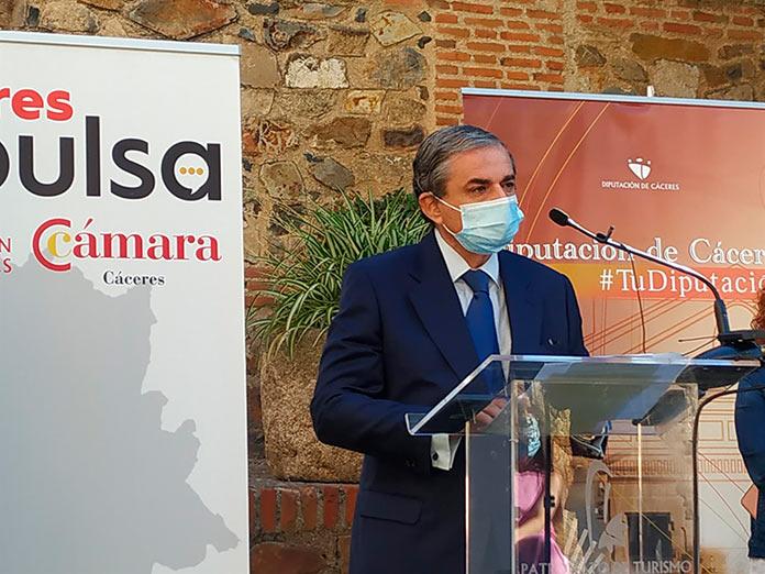 Un equipo de la Cámara de Comercio tramitará las ayudas de las pymes en el Ayuntamiento de Cáceres