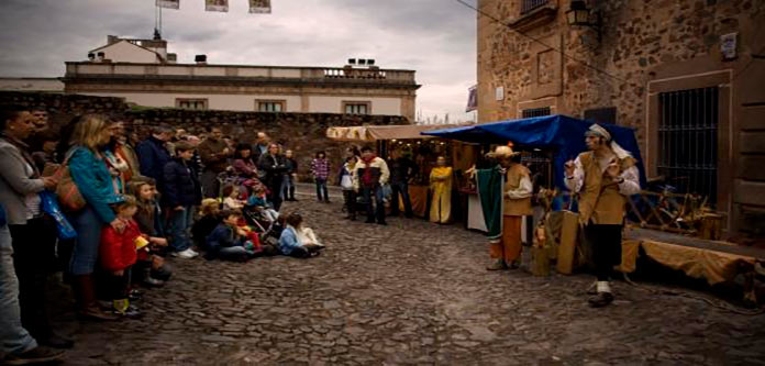 Circo en la calle para los sábados de agosto en Cáceres