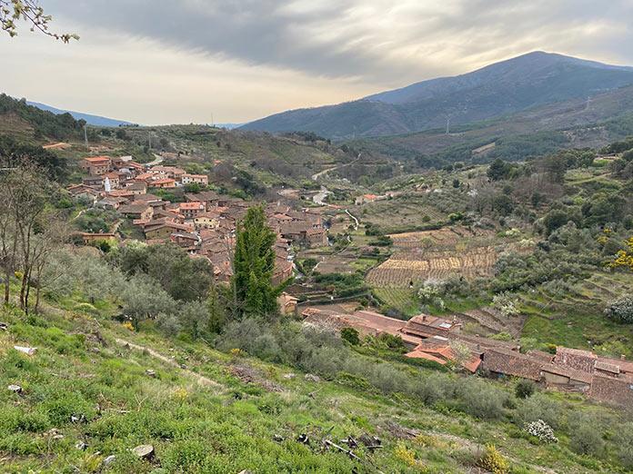 Robledillo de Gata y Valverde de la Vera, entre los 50 pueblos más bonitos de España