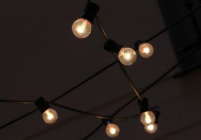 El precio de la luz sube este miércoles un 18% y alcanza los 105,4 euros/MWh