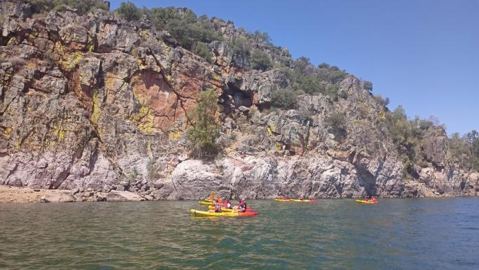Las rutas en kayak por la provincia de Badajoz congregan a 200 personas