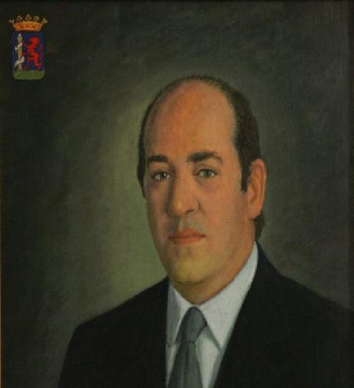 Fallece a los 78 años Luciano Pérez de Acevedo, primer presidente de la Diputación de Badajoz