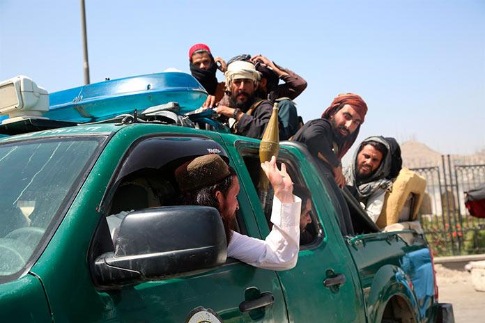 Extremadura se ofrece a acoger a personas refugiadas procedentes de Afganistán