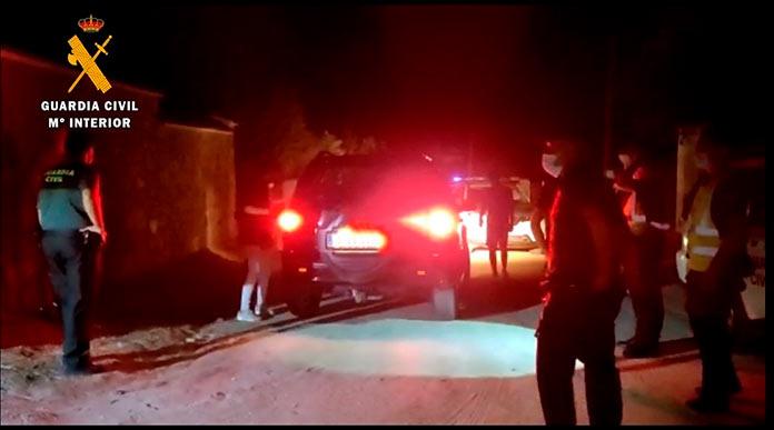 Desalojan una fiesta con 30 personas en Casar de Cáceres