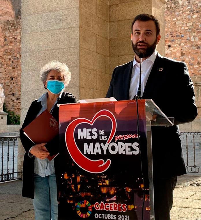 Cáceres recupera las actividades presenciales del Mes de las Personas Mayores